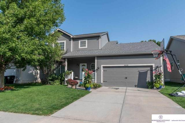 18638 L Circle, Omaha, NE 68135 (MLS #22023585) :: One80 Group/Berkshire Hathaway HomeServices Ambassador Real Estate
