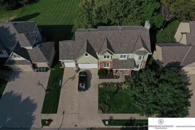 416 S 162 Street, Omaha, NE 68118 (MLS #22023626) :: Dodge County Realty Group