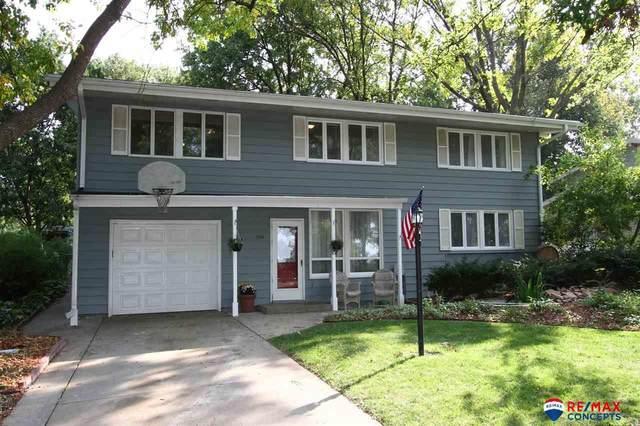 1026 Lancaster Lane, Lincoln, NE 68510 (MLS #22023707) :: Dodge County Realty Group