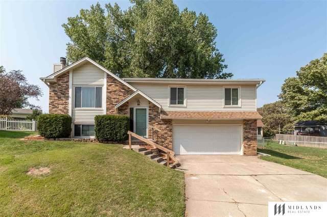 12706 Ridgeview Circle, Bellevue, NE 68123 (MLS #22023709) :: Catalyst Real Estate Group
