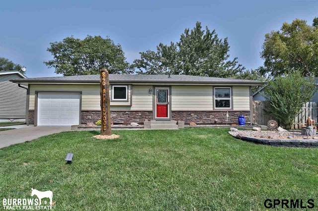 840 Applewood Drive, Eagle, NE 68347 (MLS #22023723) :: The Briley Team