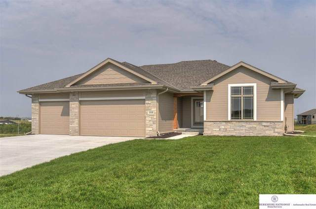 18108 Camelback Avenue, Gretna, NE 68028 (MLS #22023770) :: Catalyst Real Estate Group