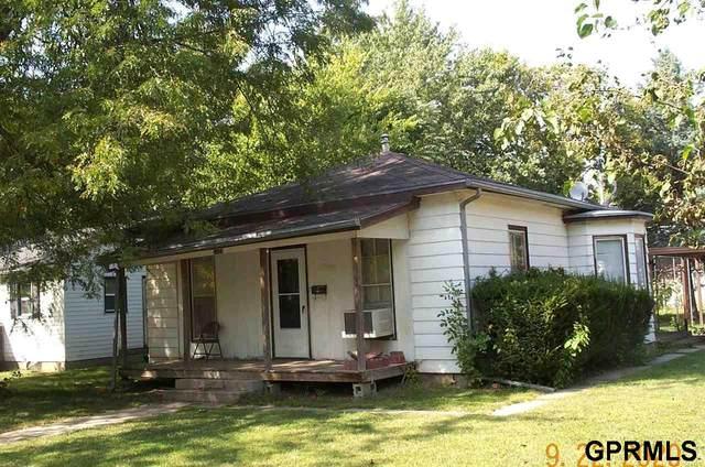1120 Elk Street, Beatrice, NE 68310 (MLS #22023778) :: kwELITE