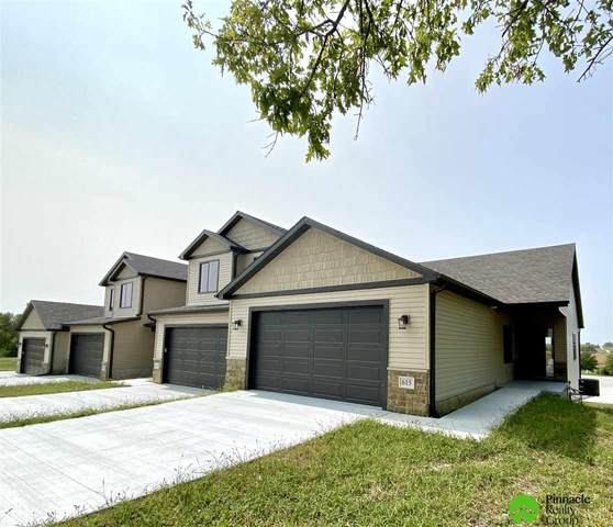 615 Garrett Place, Hickman, NE 68372 (MLS #22023787) :: Dodge County Realty Group