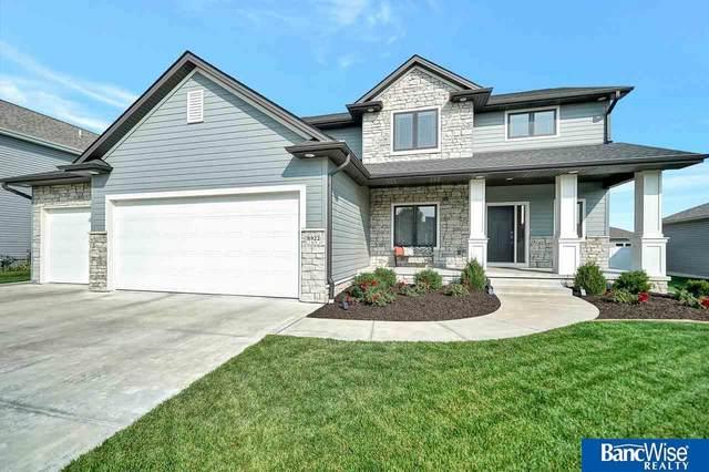 8922 S 31st Street, Lincoln, NE 68516 (MLS #22023800) :: The Homefront Team at Nebraska Realty