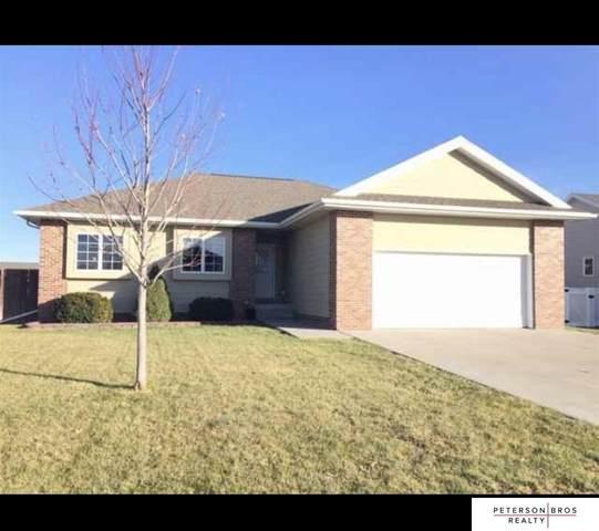 807 E Ave Place, Kearney, NE 68847 (MLS #22023813) :: Dodge County Realty Group