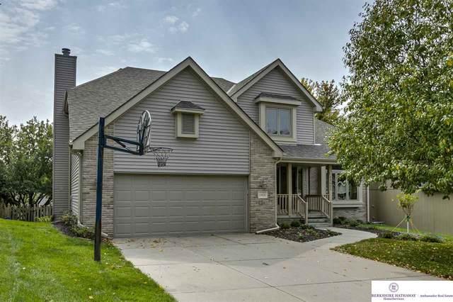 13621 Hillsborough Drive, Omaha, NE 68164 (MLS #22023815) :: The Homefront Team at Nebraska Realty