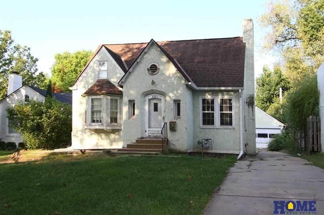 2841 Cedar Avenue, Lincoln, NE 68502 (MLS #22023820) :: Lincoln Select Real Estate Group