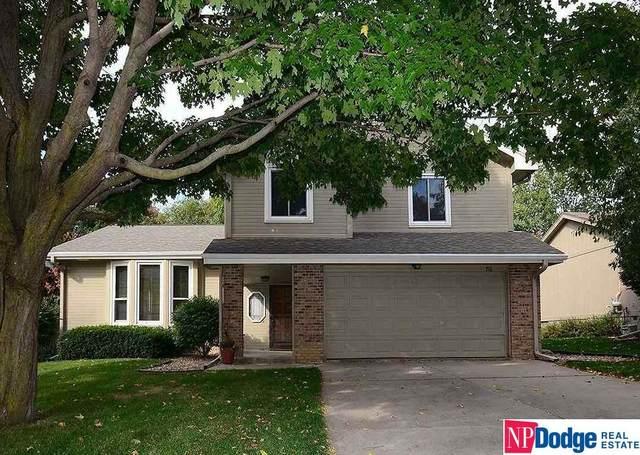 716 N 155 Street, Omaha, NE 68154 (MLS #22023871) :: One80 Group/Berkshire Hathaway HomeServices Ambassador Real Estate