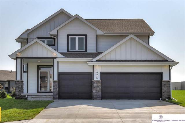 12610 Cooper Street, Papillion, NE 68046 (MLS #22023942) :: Complete Real Estate Group