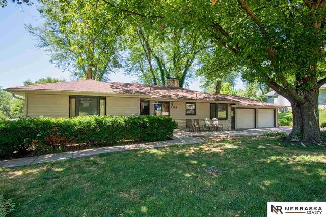 1154 S 95th Street, Omaha, NE 68124 (MLS #22023947) :: kwELITE