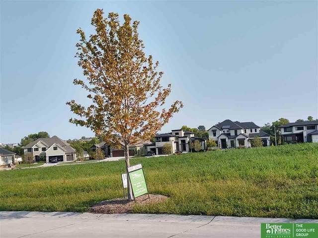 21321 Grover Street, Elkhorn, NE 68022 (MLS #22023958) :: Dodge County Realty Group