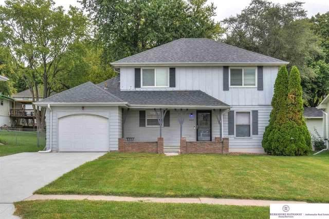 5417 S 116 Street, Omaha, NE 68137 (MLS #22023978) :: One80 Group/Berkshire Hathaway HomeServices Ambassador Real Estate