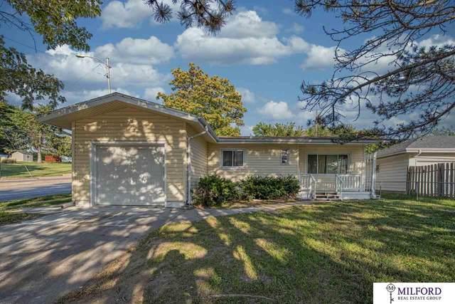 4421 N 53 Street, Omaha, NE 68104 (MLS #22023998) :: Omaha Real Estate Group