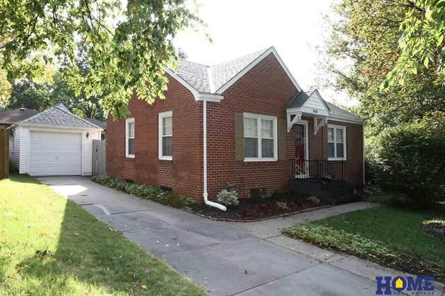 940 S 40th Street, Lincoln, NE 68510 (MLS #22024033) :: Stuart & Associates Real Estate Group