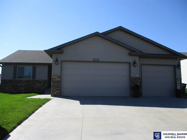 8001 Mandalay Drive, Lincoln, NE 68516 (MLS #22024038) :: The Excellence Team