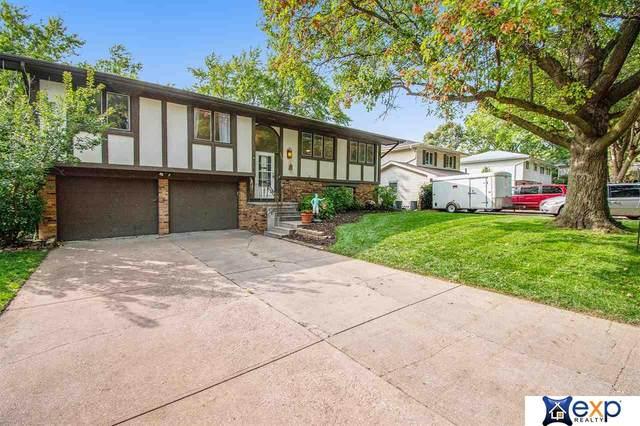 1722 S 139th Street, Omaha, NE 68144 (MLS #22024052) :: One80 Group/Berkshire Hathaway HomeServices Ambassador Real Estate