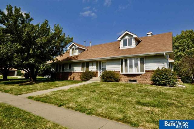 2400 Folkways Boulevard, Lincoln, NE 68521 (MLS #22024057) :: Catalyst Real Estate Group