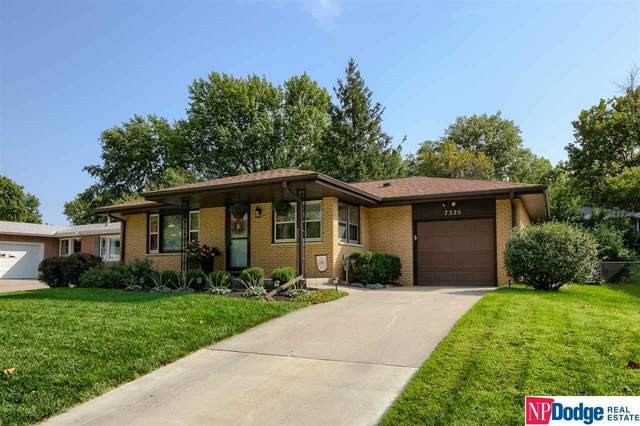 7325 S Wedgewood Drive, Lincoln, NE 68510 (MLS #22024093) :: Omaha Real Estate Group