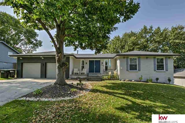 6526 S 129 Street, Omaha, NE 68137 (MLS #22024095) :: One80 Group/Berkshire Hathaway HomeServices Ambassador Real Estate