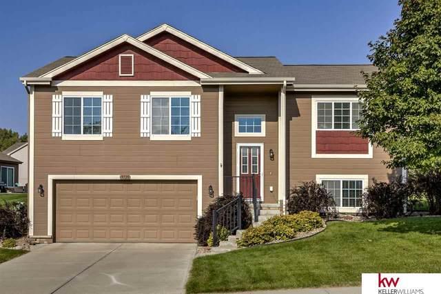 9728 Valley View Drive, La Vista, NE 68128 (MLS #22024097) :: kwELITE