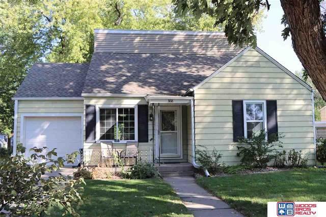 3818 Sumner Street, Lincoln, NE 68506 (MLS #22024118) :: Stuart & Associates Real Estate Group