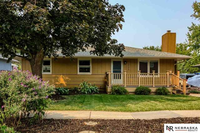 5500 Hills Dale Drive, Lincoln, NE 68504 (MLS #22024170) :: Omaha Real Estate Group