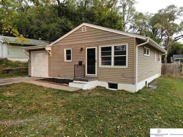 4708 Laurel Avenue, Omaha, NE 68104 (MLS #22024179) :: One80 Group/Berkshire Hathaway HomeServices Ambassador Real Estate
