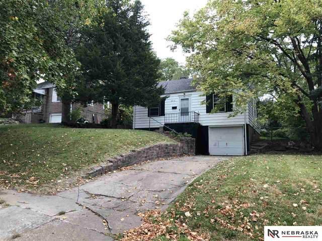 4212 Meredith Avenue, Omaha, NE 68111 (MLS #22024199) :: One80 Group/Berkshire Hathaway HomeServices Ambassador Real Estate