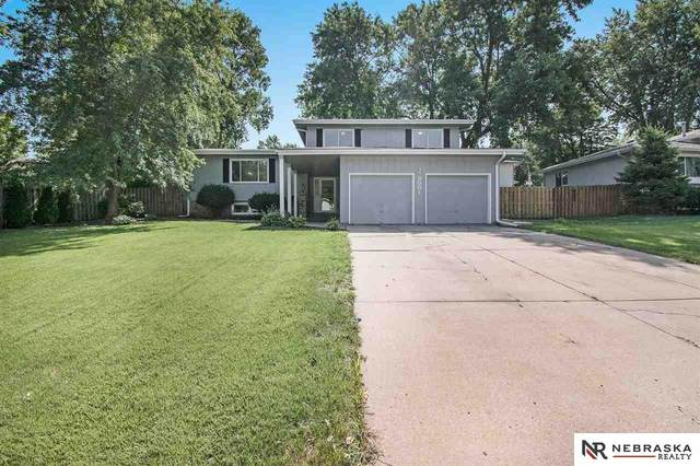 3001 Leawood Drive, Bellevue, NE 68123 (MLS #22024209) :: Stuart & Associates Real Estate Group
