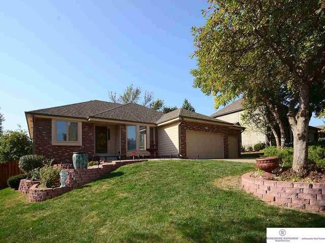 311 Fox Creek Lane, Papillion, NE 68046 (MLS #22024210) :: Stuart & Associates Real Estate Group