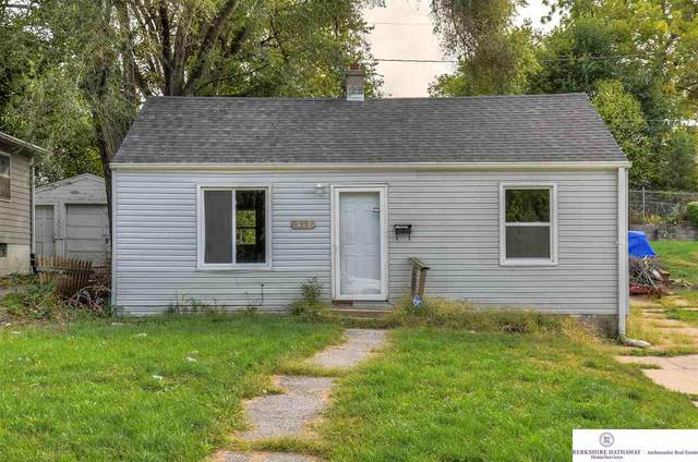 5321 N 33 Avenue, Omaha, NE 68111 (MLS #22024228) :: Stuart & Associates Real Estate Group