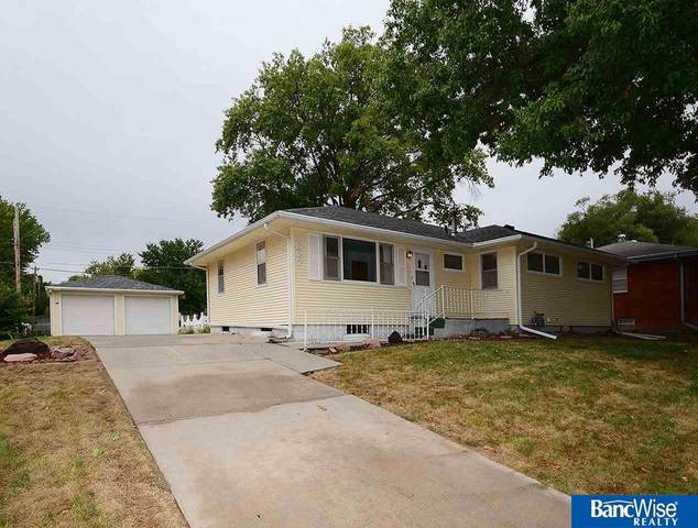 1827 N 63 Street, Lincoln, NE 68505 (MLS #22024246) :: Dodge County Realty Group