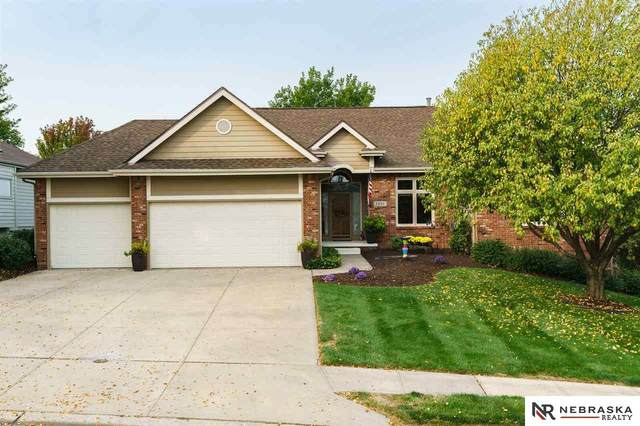 3902 N 160th Street, Omaha, NE 68116 (MLS #22024252) :: Stuart & Associates Real Estate Group