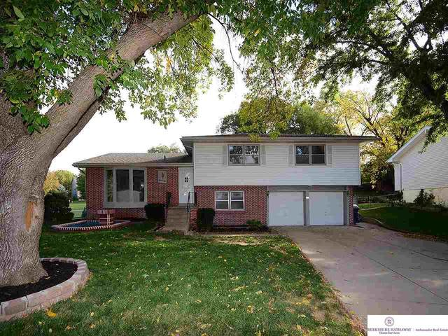 1110 Somerset Drive, Bellevue, NE 68005 (MLS #22024300) :: Omaha Real Estate Group