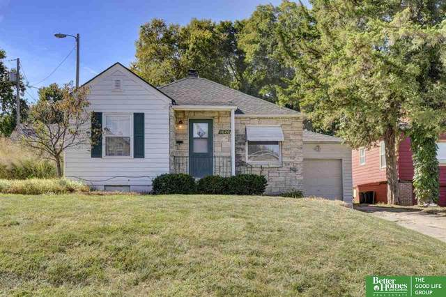 1020 S 31 Street, Omaha, NE 68105 (MLS #22024453) :: Capital City Realty Group