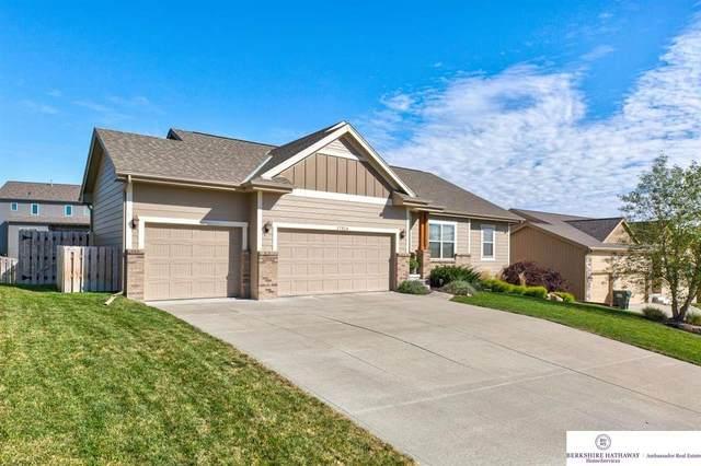 17514 Redman Avenue, Omaha, NE 68116 (MLS #22024524) :: Omaha Real Estate Group