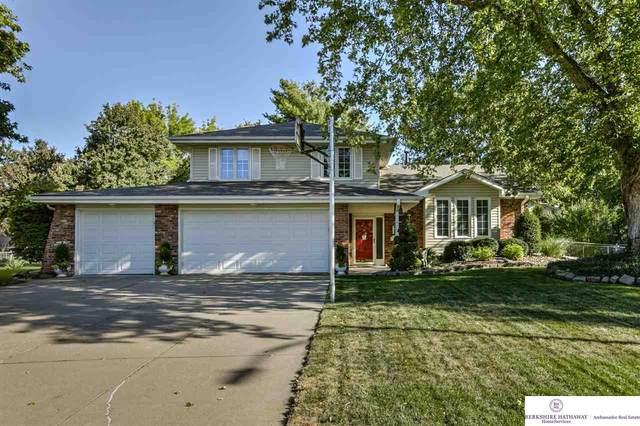 21424 Shamrock Circle, Omaha, NE 68022 (MLS #22024641) :: kwELITE
