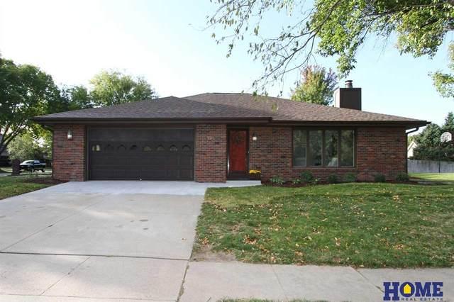 6541 Shenandoah Drive, Lincoln, NE 68510 (MLS #22024763) :: Dodge County Realty Group