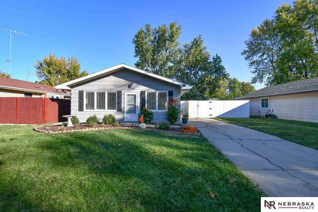 848 W Rose Street, Lincoln, NE 68522 (MLS #22024817) :: kwELITE