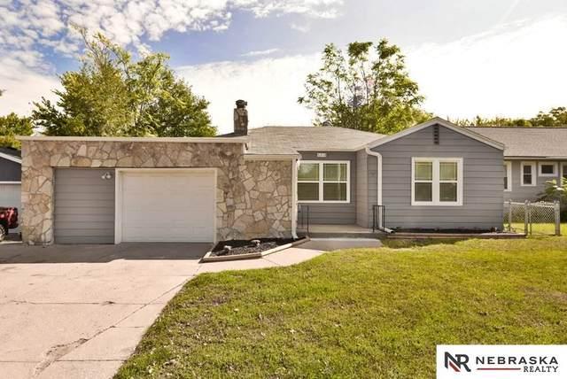 6318 Military Avenue, Omaha, NE 68104 (MLS #22024821) :: Catalyst Real Estate Group