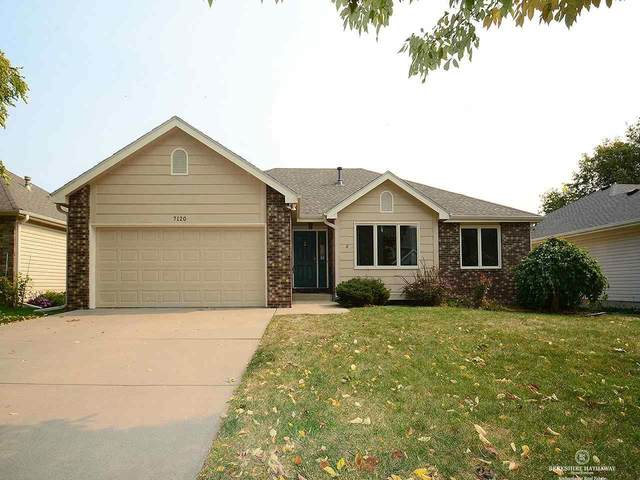 7120 S 31st Place, Lincoln, NE 68516 (MLS #22024945) :: The Homefront Team at Nebraska Realty
