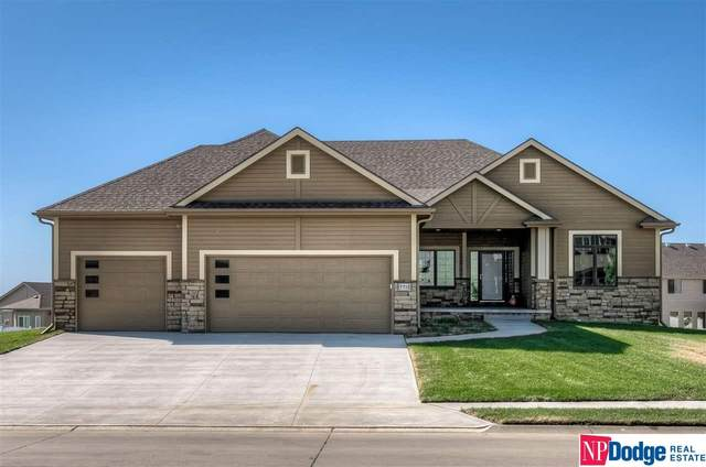 7228 N 172 Street, Bennington, NE 68007 (MLS #22025002) :: Omaha Real Estate Group
