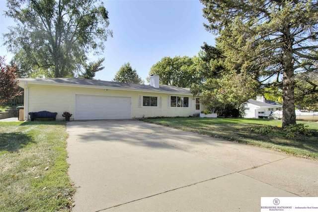 7905 Ames Circle, Omaha, NE 68134 (MLS #22025174) :: Dodge County Realty Group
