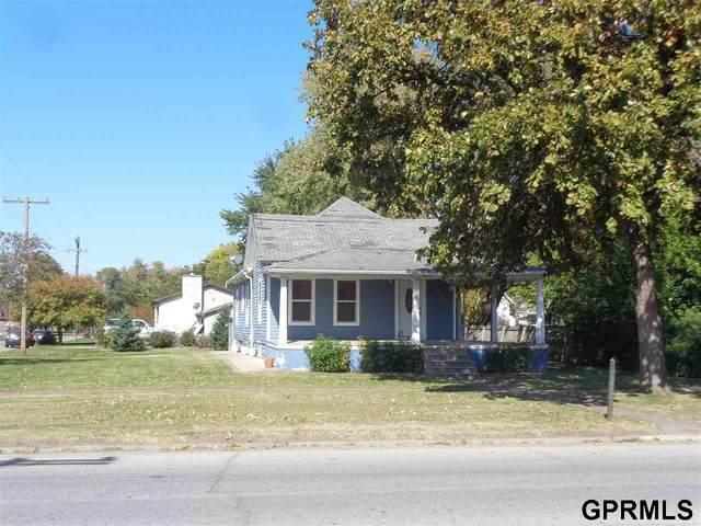 950 W Military Street, Fremont, NE 68025 (MLS #22025275) :: Berkshire Hathaway Ambassador Real Estate