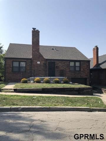 134 N 34 Street, Omaha, NE 68131 (MLS #22025327) :: The Homefront Team at Nebraska Realty