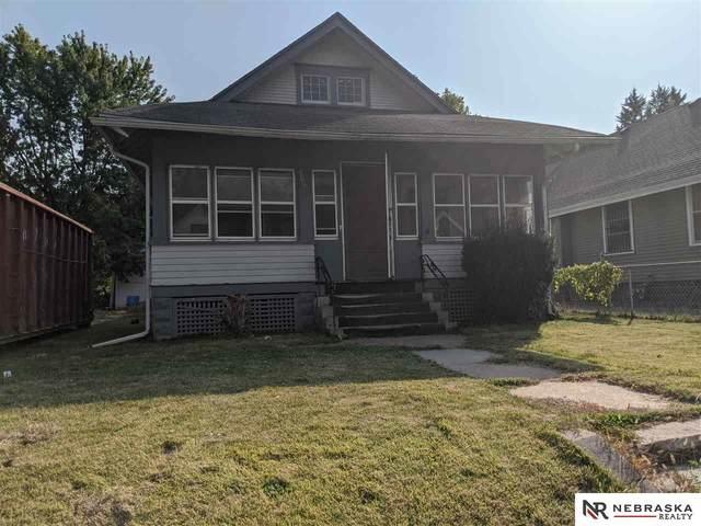 2305 Ellison Avenue, Omaha, NE 68110 (MLS #22025405) :: Catalyst Real Estate Group