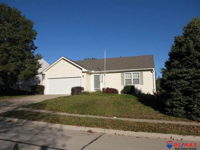 2716 Joann Avenue, Bellevue, NE 68123 (MLS #22025614) :: The Homefront Team at Nebraska Realty