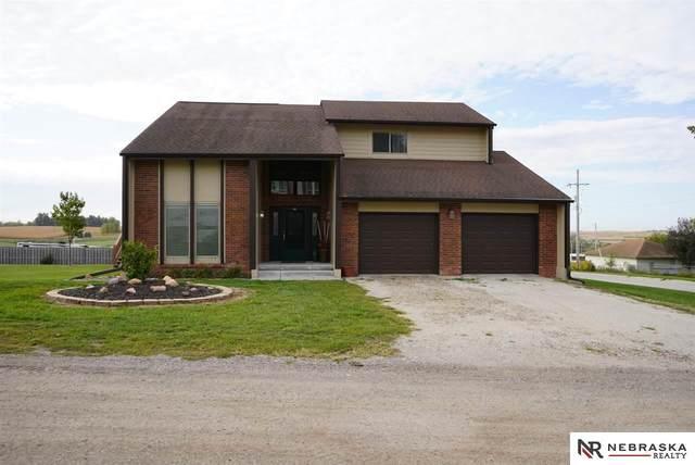 345 Spruce Street, Springfield, NE 68059 (MLS #22025618) :: Dodge County Realty Group