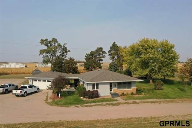 808 B Road, Henderson, NE 68371 (MLS #22025649) :: One80 Group/Berkshire Hathaway HomeServices Ambassador Real Estate